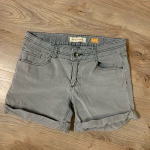Pilcro and the Letterpress corduroy shorts